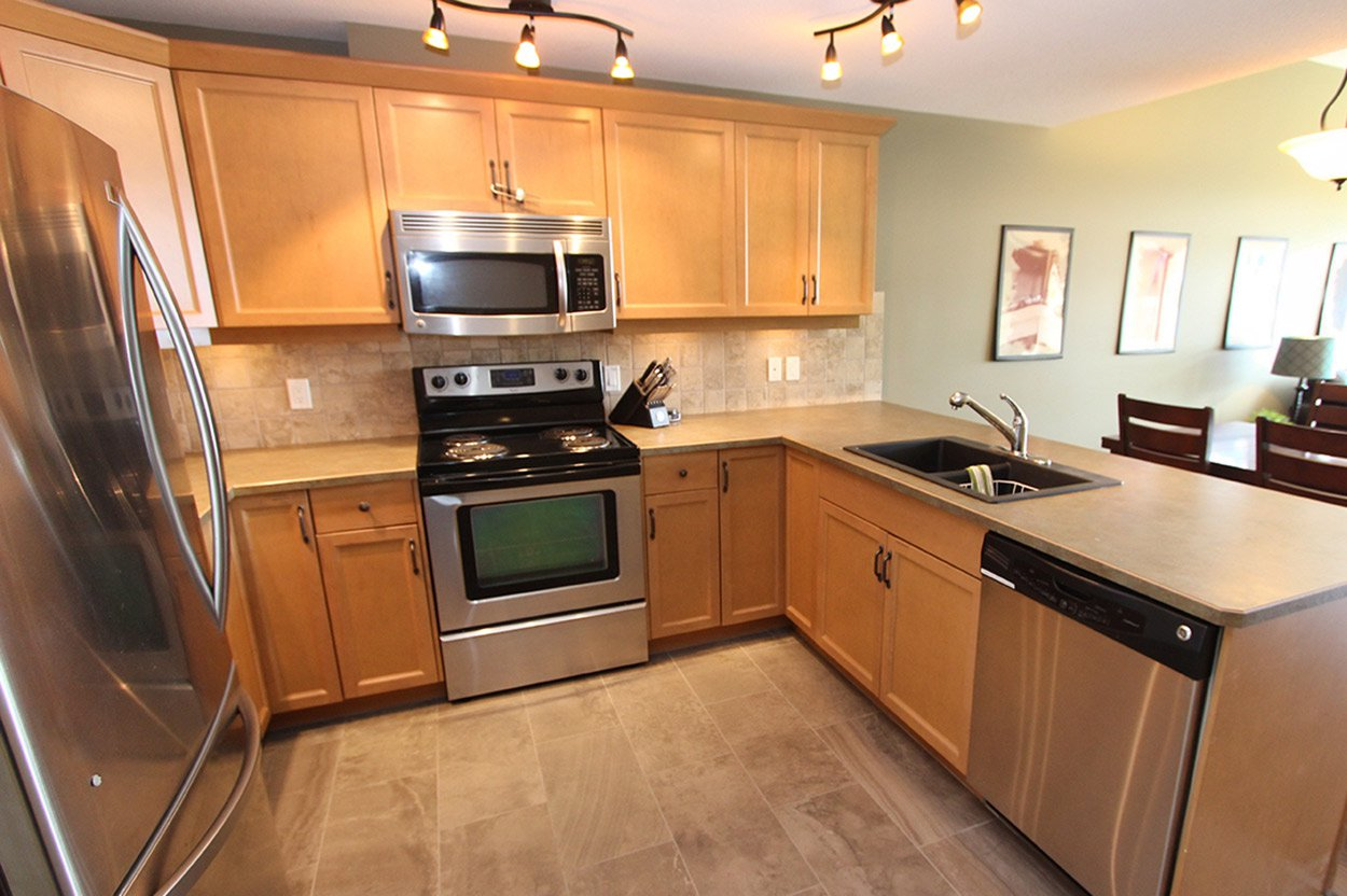 Photo 11: Photos: 29 1134 Pine Grove Road in Scotch Creek: Townhouse for sale : MLS®# 10179544