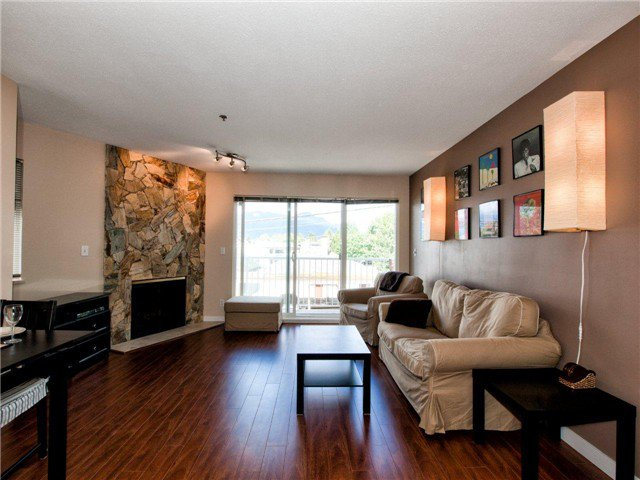 "Main Photo: 203 2295 PANDORA Street in Vancouver: Hastings Condo for sale in ""PANDORA GARDENS"" (Vancouver East)  : MLS®# V971405"