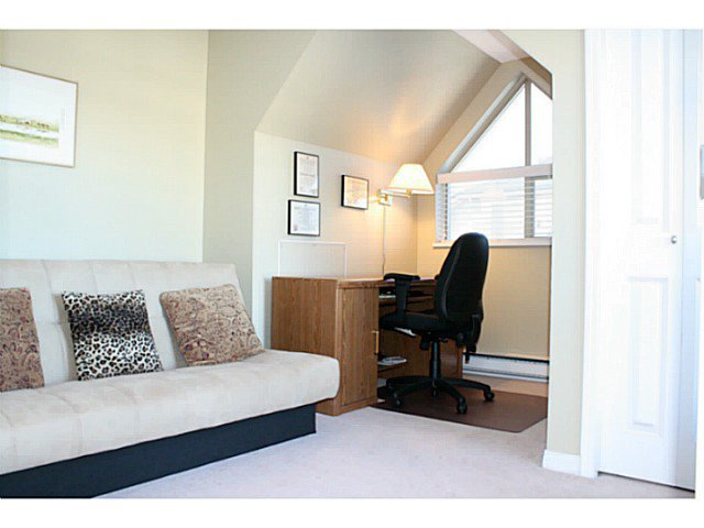 Photo 9: Photos: # 407 1650 GRANT AV in Port Coquitlam: Glenwood PQ Condo for sale : MLS®# V1093325