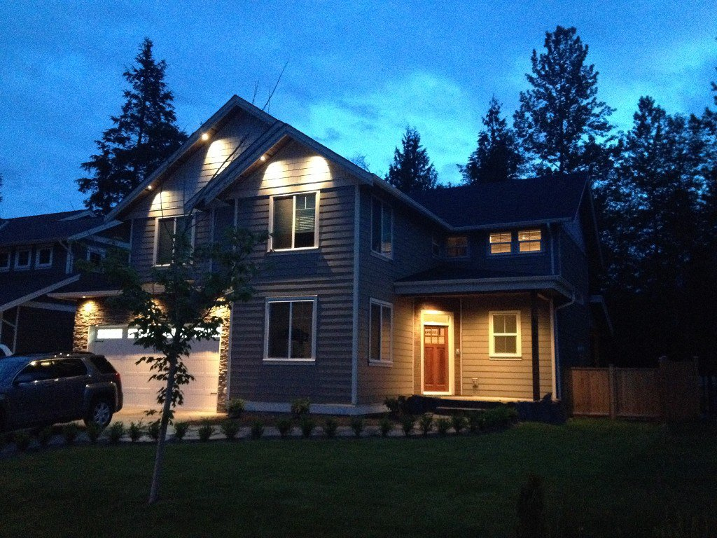 Main Photo: 41421 Dryden Road in : Brackendale House for sale (Squamish)