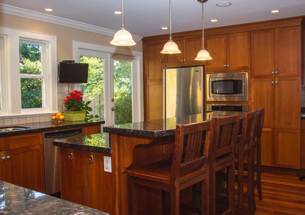 Photo 3: Photos: 1260 Clegg Place in North Vancouver: Indian River House for sale : MLS®# R2016613