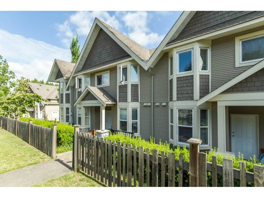 Main Photo: 4 33321 George Ferguson Way in Abbotsford: Townhouse for sale : MLS®# R2082574