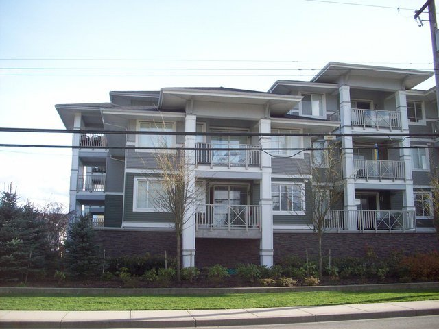Main Photo: # 204 46262 FIRST AV in Chilliwack: Chilliwack E Young-Yale Condo for sale : MLS®# H1401339