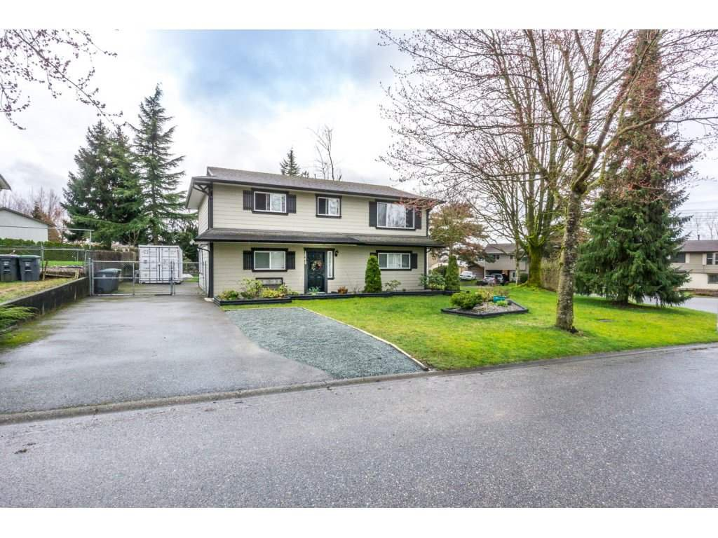 Main Photo: 18274 63a in cloverdale: Cloverdale BC House for sale (Cloverdale)  : MLS®# R2150683