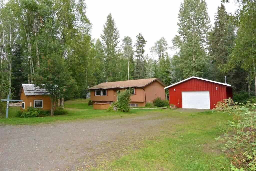 "Main Photo: 9442 POPE Road in Smithers: Smithers - Rural House for sale in ""EVELYN"" (Smithers And Area (Zone 54))  : MLS®# R2398369"