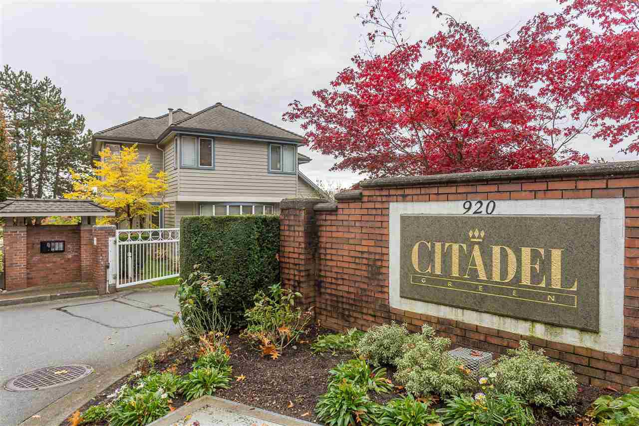 "Main Photo: 26 920 CITADEL Drive in Port Coquitlam: Citadel PQ Townhouse for sale in ""CITADEL GREEN"" : MLS®# R2416046"