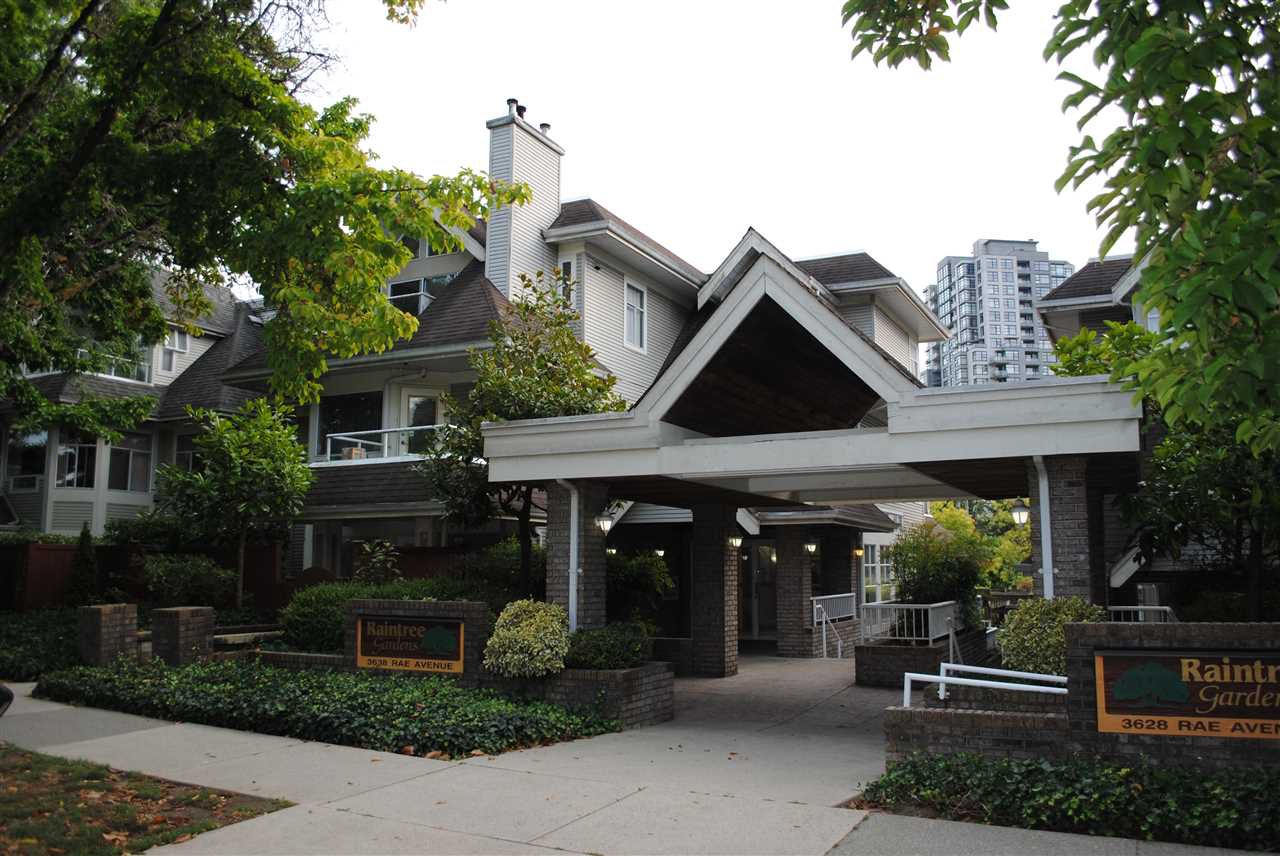 "Main Photo: 402 3638 RAE Avenue in Vancouver: Collingwood VE Condo for sale in ""RAINTREE GARDEN"" (Vancouver East)  : MLS®# R2420654"