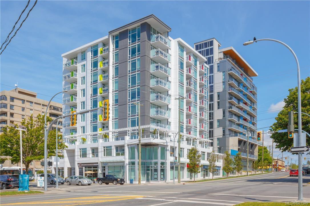Main Photo: 601 1090 Johnson St in Victoria: Vi Downtown Condo for sale : MLS®# 841349