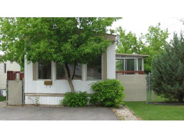 Main Photo: 57 Springwood Drive in WINNIPEG: St Vital Residential for sale (South East Winnipeg)  : MLS®# 1210890