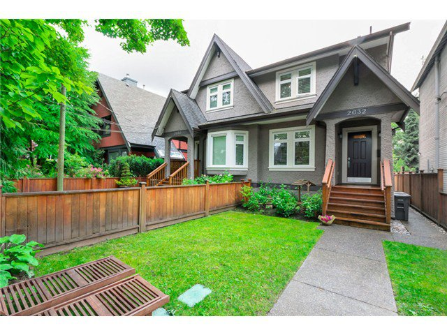 "Main Photo: 2632 W 6TH Avenue in Vancouver: Kitsilano House 1/2 Duplex for sale in ""Kits"" (Vancouver West)  : MLS®# V1074098"