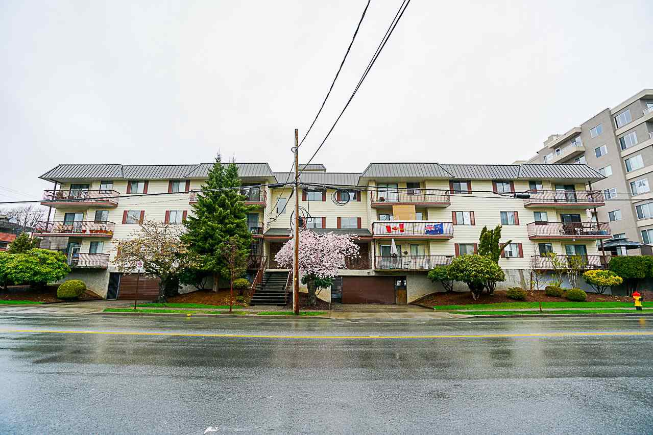 Main Photo: 113 45749 SPADINA AVENUE in : Chilliwack W Young-Well Condo for sale : MLS®# R2254127