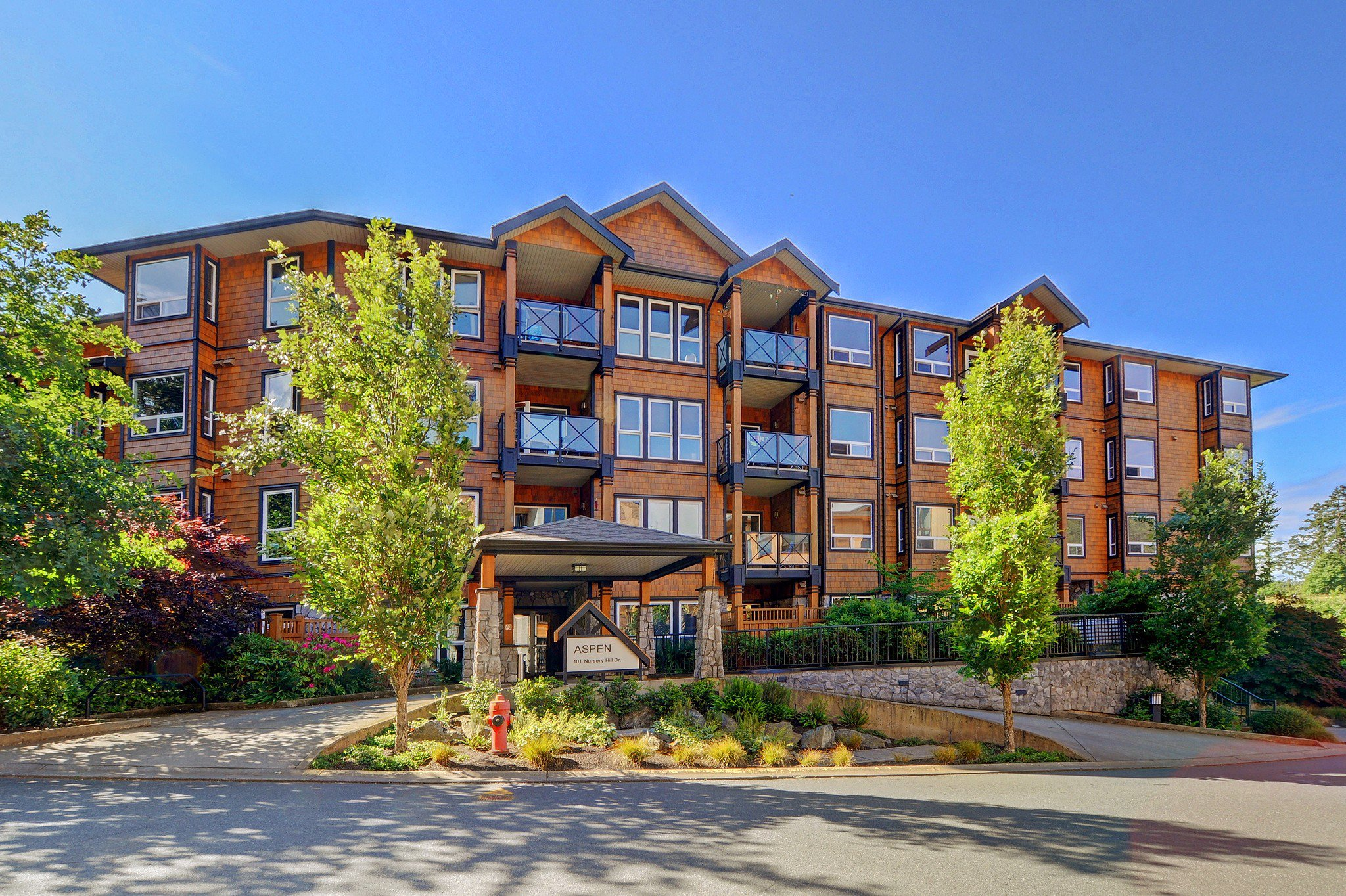 Main Photo: 105 101 Nursery Hill Dr in VICTORIA: VR Six Mile Condo for sale (View Royal)  : MLS®# 825166
