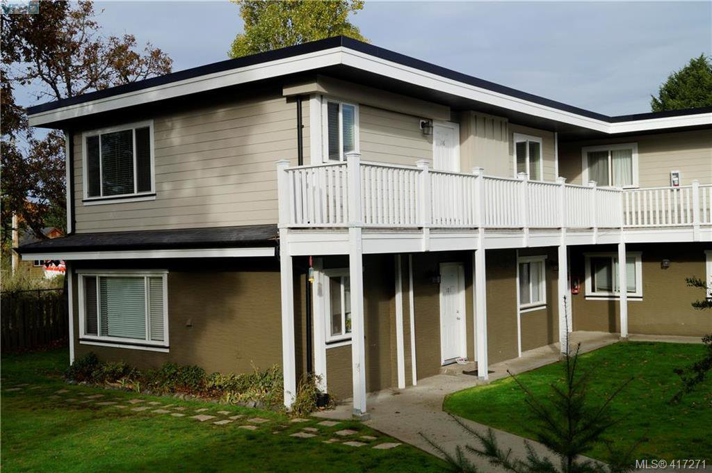 Main Photo: 116 636 Granderson Rd in VICTORIA: La Fairway Row/Townhouse for sale (Langford)  : MLS®# 827763