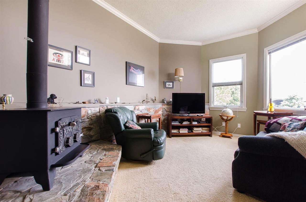 Photo 17: Photos: 15395 VICTORIA Avenue: White Rock House for sale (South Surrey White Rock)  : MLS®# R2476831