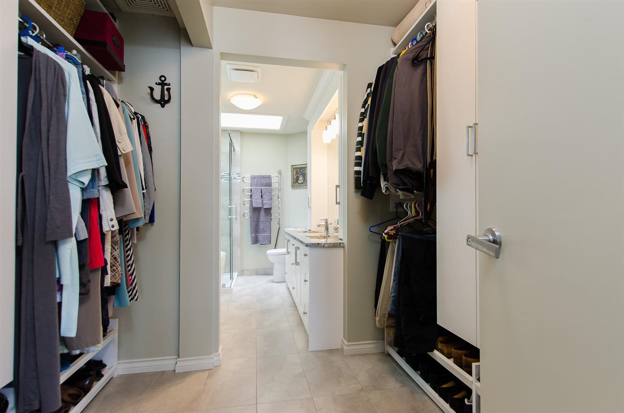 Photo 18: Photos: 15395 VICTORIA Avenue: White Rock House for sale (South Surrey White Rock)  : MLS®# R2476831