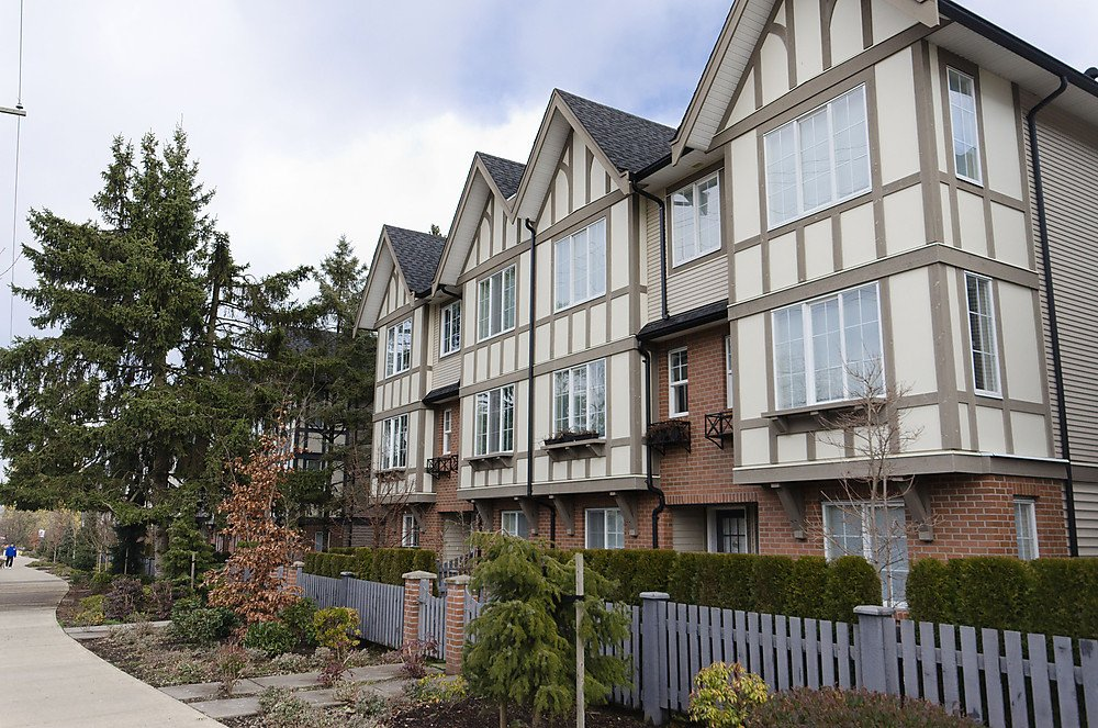 "Main Photo: 84 20875 80TH Avenue in Langley: Willoughby Heights Townhouse for sale in ""PEPPERWOOD"" : MLS®# F1203721"