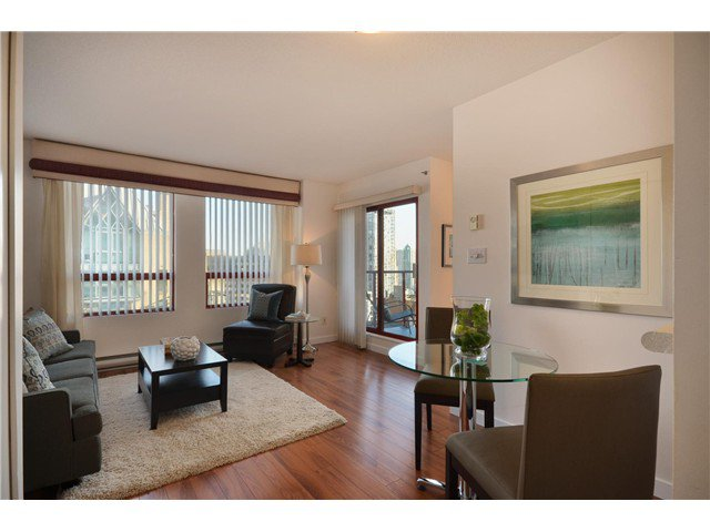 "Photo 4: Photos: 1302 811 HELMCKEN Street in Vancouver: Downtown VW Condo for sale in ""Imperial Tower"" (Vancouver West)  : MLS®# V972694"