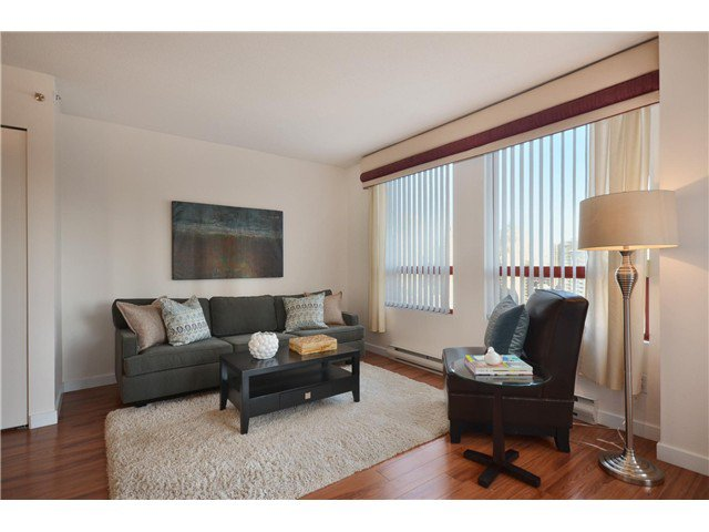 "Photo 3: Photos: 1302 811 HELMCKEN Street in Vancouver: Downtown VW Condo for sale in ""Imperial Tower"" (Vancouver West)  : MLS®# V972694"