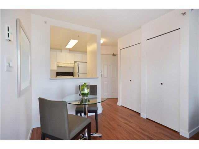 "Photo 5: Photos: 1302 811 HELMCKEN Street in Vancouver: Downtown VW Condo for sale in ""Imperial Tower"" (Vancouver West)  : MLS®# V972694"