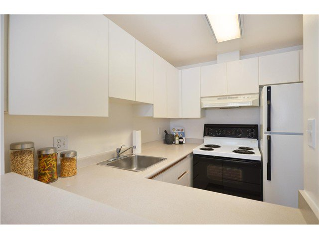 "Photo 6: Photos: 1302 811 HELMCKEN Street in Vancouver: Downtown VW Condo for sale in ""Imperial Tower"" (Vancouver West)  : MLS®# V972694"