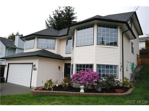 Main Photo: 3553 Desmond Dr in VICTORIA: La Walfred Single Family Detached for sale (Langford)  : MLS®# 635869