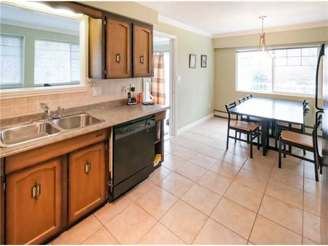 """Photo 34: Photos: 431 5TH ST in New Westminster: Queens Park House for sale in """"QUEENS PARK"""" : MLS®# V1002480"""