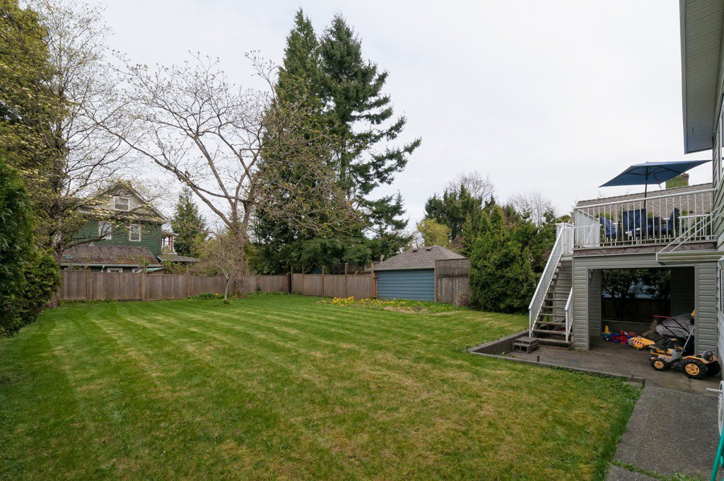 """Photo 31: Photos: 431 5TH ST in New Westminster: Queens Park House for sale in """"QUEENS PARK"""" : MLS®# V1002480"""
