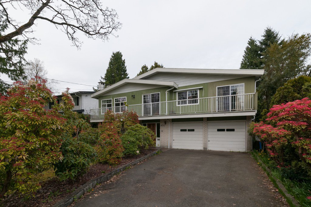 """Photo 2: Photos: 431 5TH ST in New Westminster: Queens Park House for sale in """"QUEENS PARK"""" : MLS®# V1002480"""