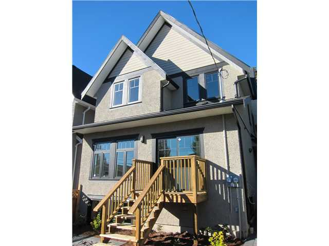 Main Photo: 2760 W 3RD AV in : Kitsilano 1/2 Duplex for sale : MLS®# V852877