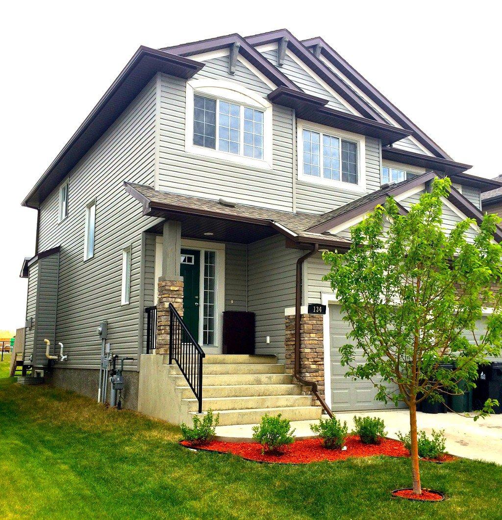 Main Photo: McLaughlin in Spruce Grove: Edmonton House Half Duplex for sale : MLS®# E3419945