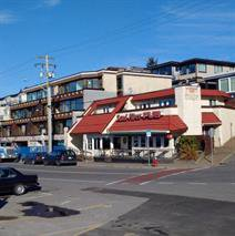 Main Photo: Ocean Front restaurant / office in White Rock in Kamloops in White Rock: Business with Property for sale