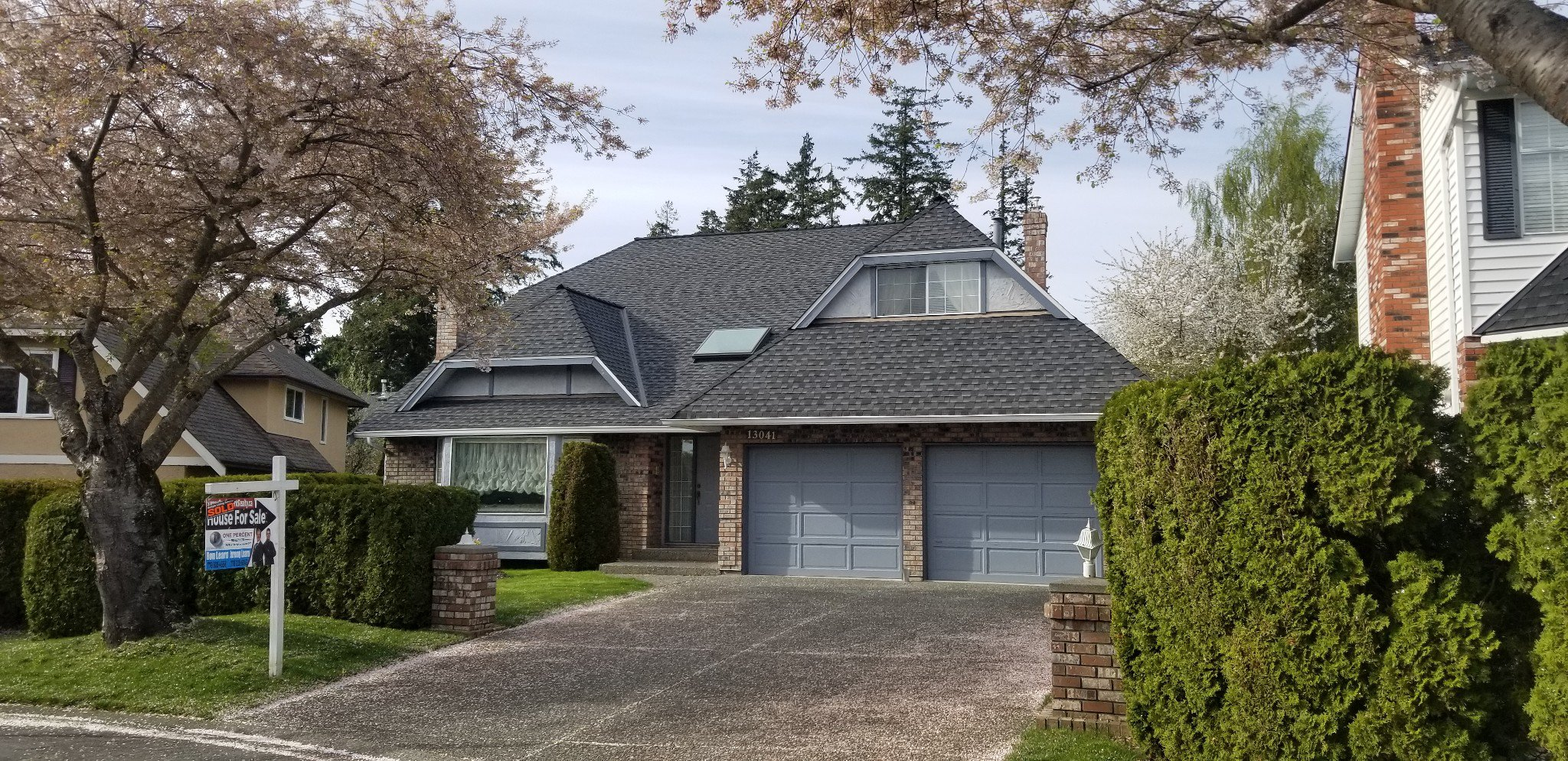 Main Photo: 13041 19a ave in Surrey: Crescent Bch Ocean Pk. House for sale (South Surrey White Rock)  : MLS®# R2346425
