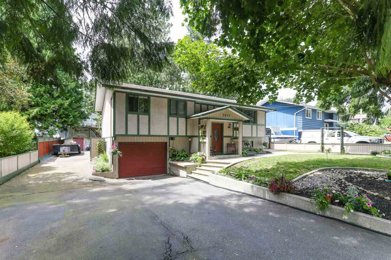 Main Photo: 3821 CLEMATIS Crescent in Port Coquitlam: Oxford Heights House for sale : MLS®# R2388167