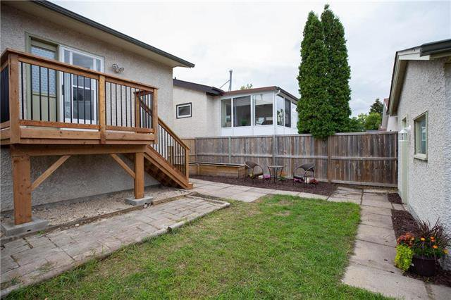 Photo 18: Photos: 61 Burland Avenue in Winnipeg: River Park South Residential for sale (2F)  : MLS®# 1926076