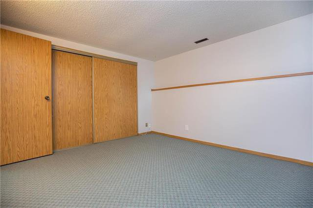 Photo 15: Photos: 61 Burland Avenue in Winnipeg: River Park South Residential for sale (2F)  : MLS®# 1926076