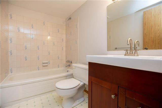 Photo 13: Photos: 61 Burland Avenue in Winnipeg: River Park South Residential for sale (2F)  : MLS®# 1926076