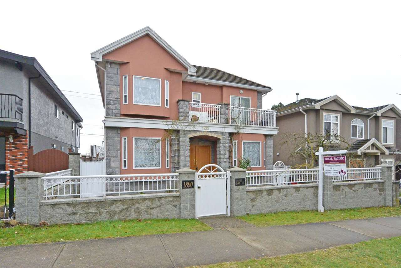 Main Photo: 1890 E 55TH Avenue in Vancouver: Fraserview VE House for sale (Vancouver East)  : MLS®# R2441737