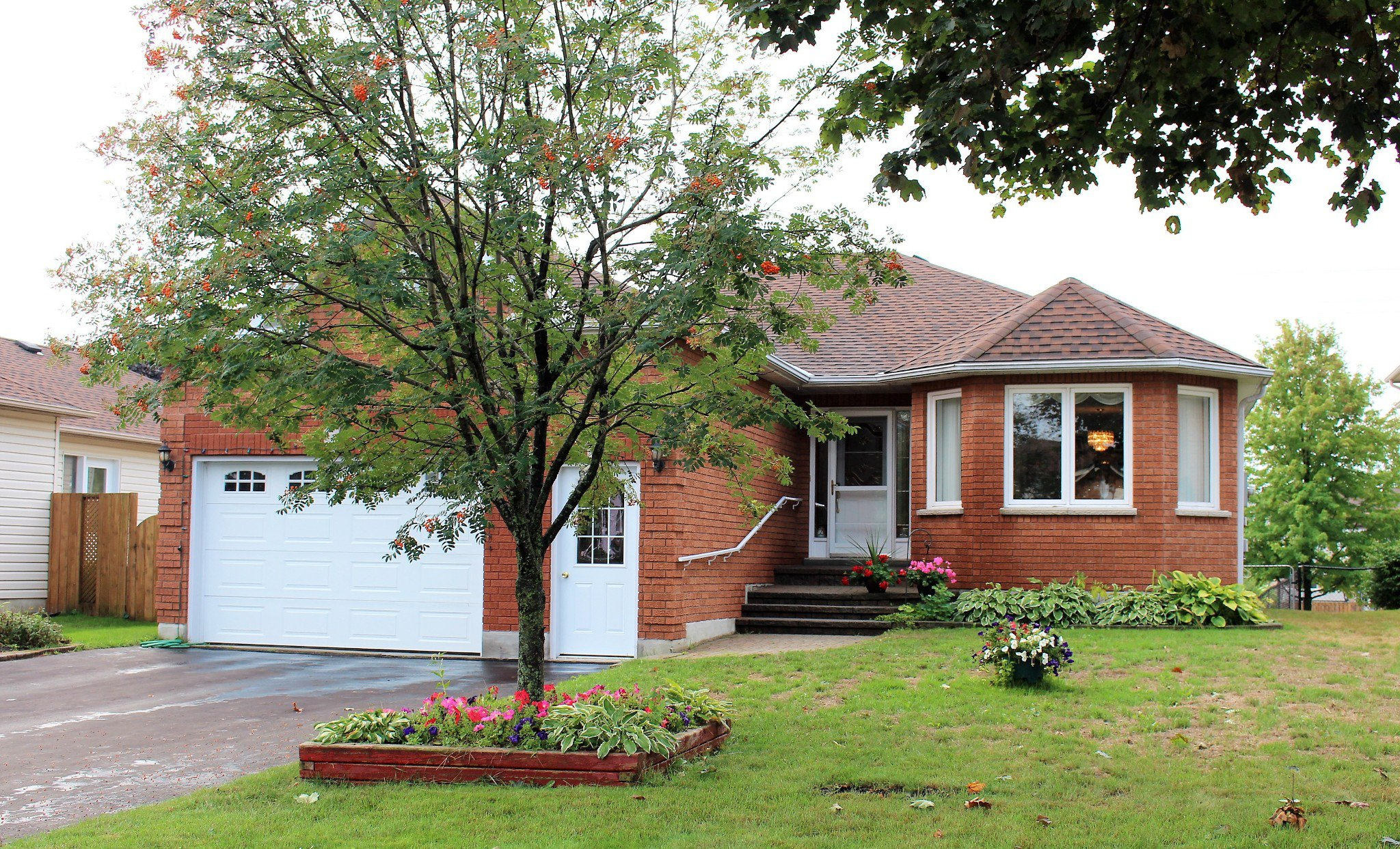 Main Photo: 719 Greer Crescent in Cobourg: House for sale : MLS®# 40014264
