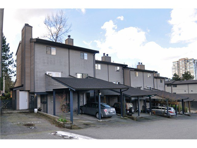Main Photo: 222 BALMORAL PL in Port Moody: North Shore Pt Moody Townhouse for sale : MLS®# V1001196