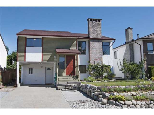 Main Photo: 3223 CHROME Crescent in Coquitlam: New Horizons House for sale : MLS®# V1018341