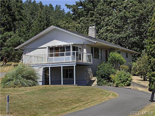 Main Photo: 661 Pears Rd in VICTORIA: Me Rocky Point House for sale (Metchosin)  : MLS®# 648102