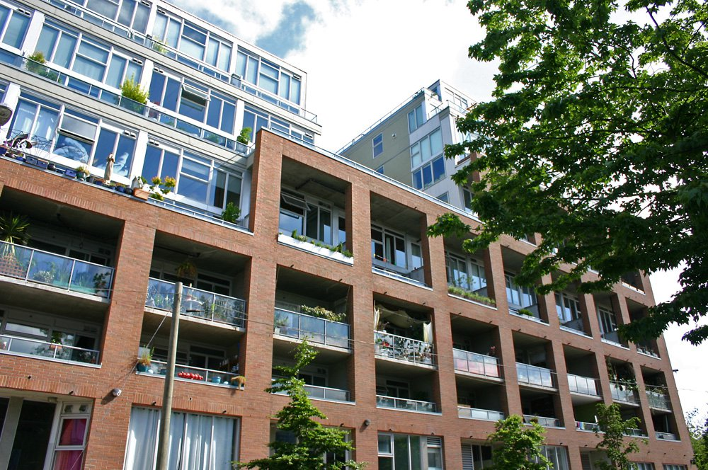 Photo 1: Photos: 420 289 Alexander Street in Vancouver: Condo for sale : MLS®# V1018640