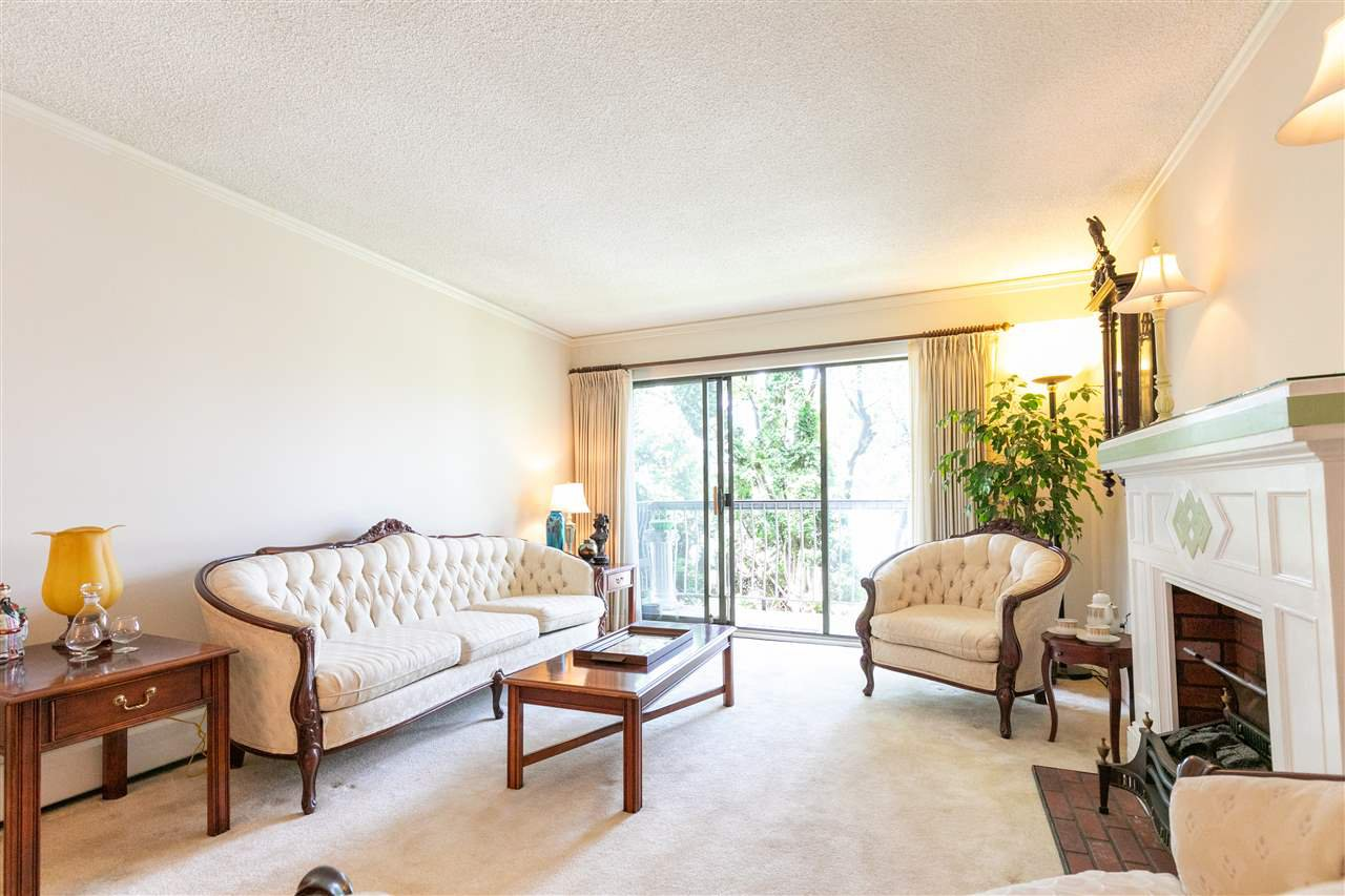 "Main Photo: 215 7428 19TH Avenue in Burnaby: Edmonds BE Condo for sale in ""Chateau Lyon"" (Burnaby East)  : MLS®# R2399344"