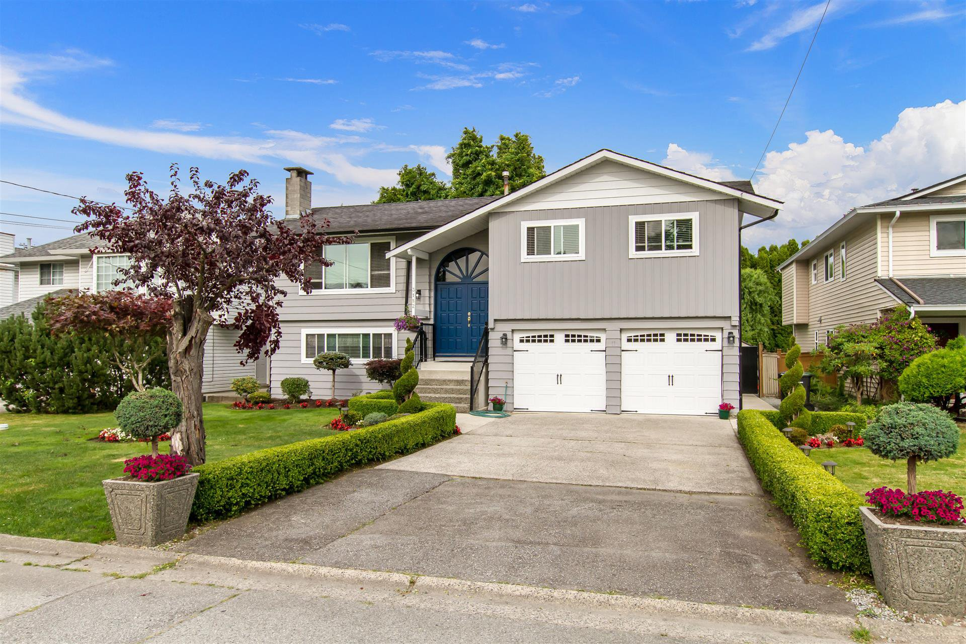 "Main Photo: 3182 RAE Street in Port Coquitlam: Riverwood House for sale in ""BROOKSIDE MEADOWS"" : MLS®# R2408399"