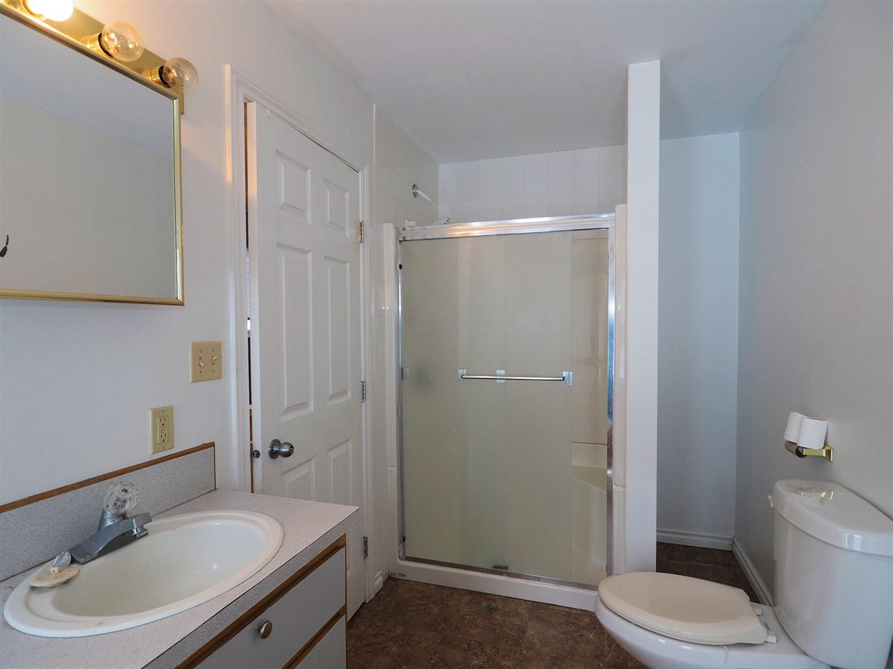 Photo 11: Photos: 6314 SPURAWAY Drive: Forest Grove House for sale (100 Mile House (Zone 10))  : MLS®# R2433467