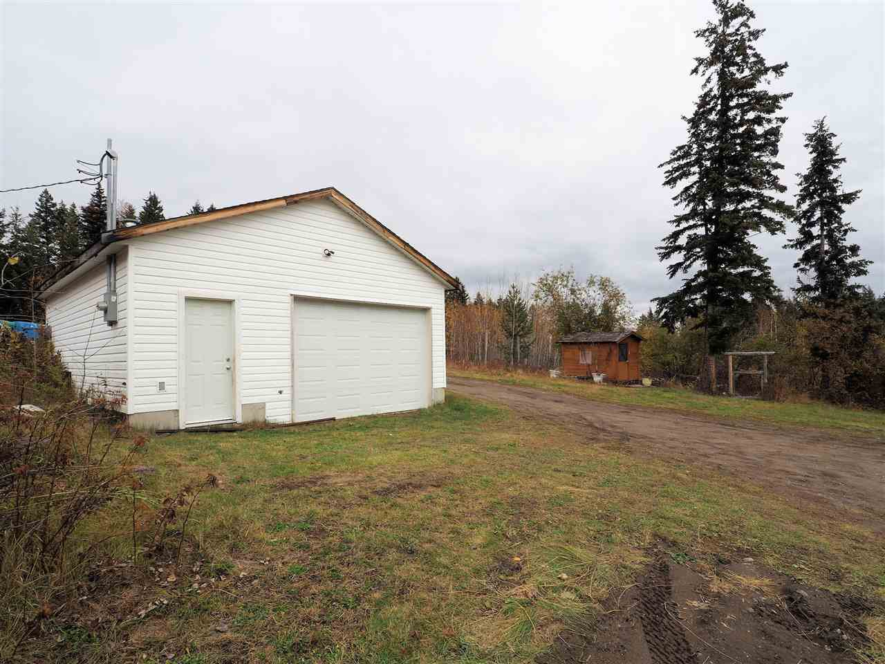 Photo 3: Photos: 6314 SPURAWAY Drive: Forest Grove House for sale (100 Mile House (Zone 10))  : MLS®# R2433467