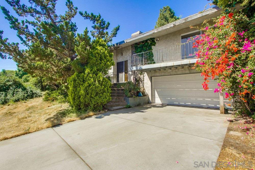 Main Photo: SPRING VALLEY House for sale : 3 bedrooms : 3798 EL CANTO DR