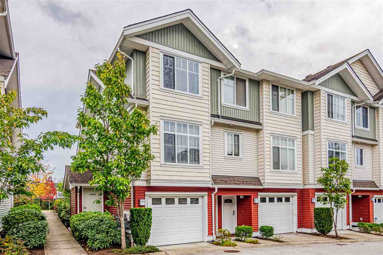 Main Photo: 61 19480 66 Avenue in Surrey: Clayton Townhouse for sale (Cloverdale)  : MLS®# R2501026
