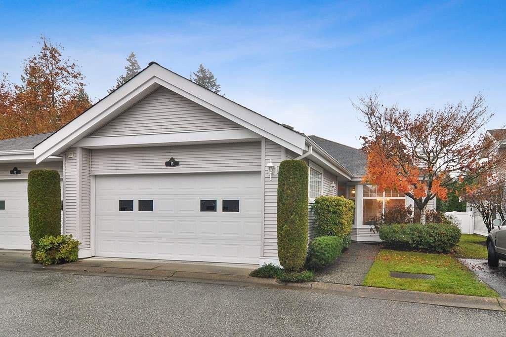 "Main Photo: 13 20770 97B Avenue in Langley: Walnut Grove Townhouse for sale in ""WALNUT GROVE"" : MLS®# R2517188"