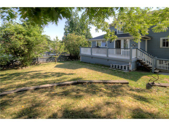 """Photo 19: Photos: 917 SECOND Street in New Westminster: GlenBrooke North House for sale in """"GLENBROOKE NORTH"""" : MLS®# V1075704"""